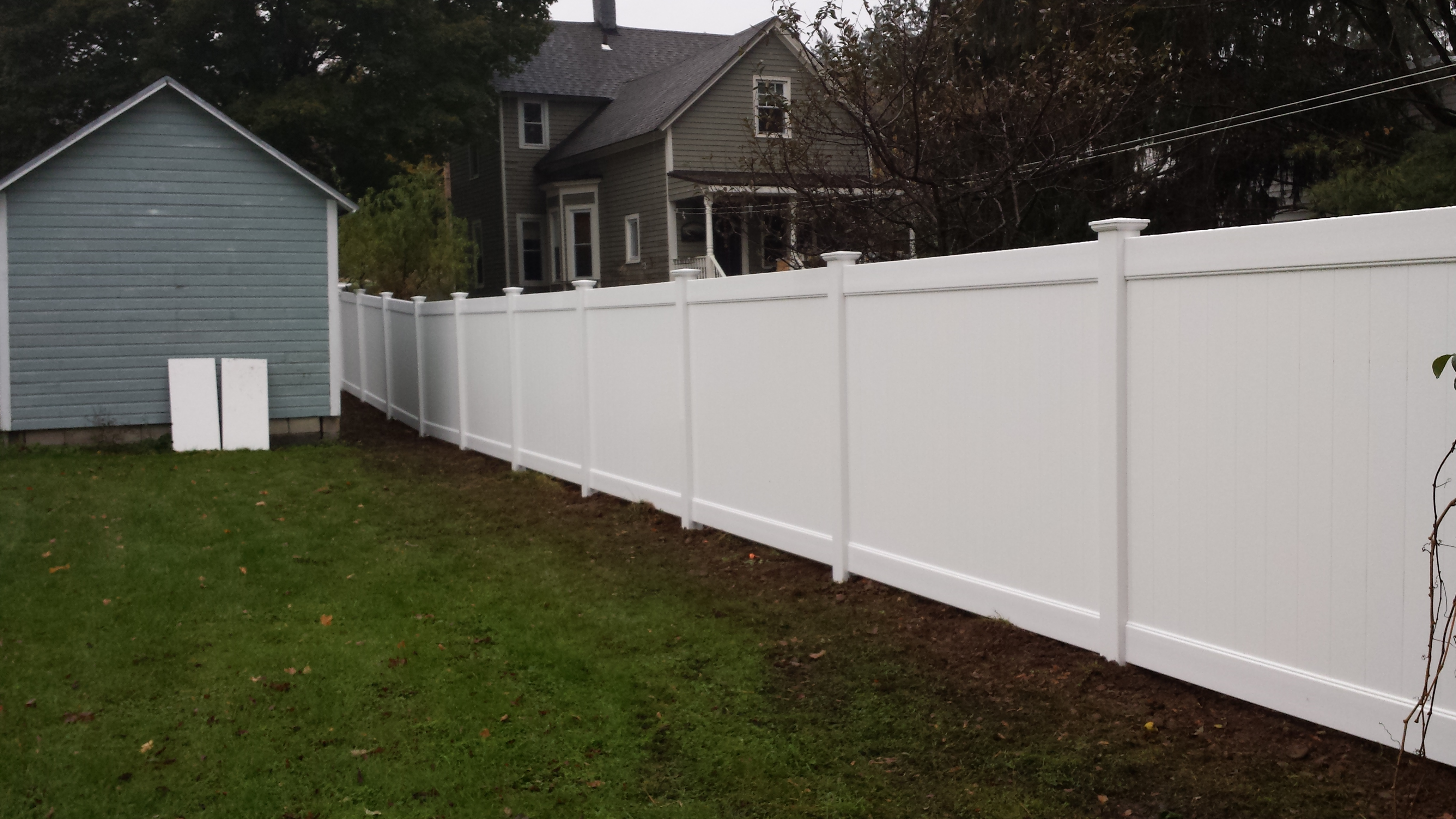 Vinyl Privacy Fence Install In New Hartford Poly Enterprises